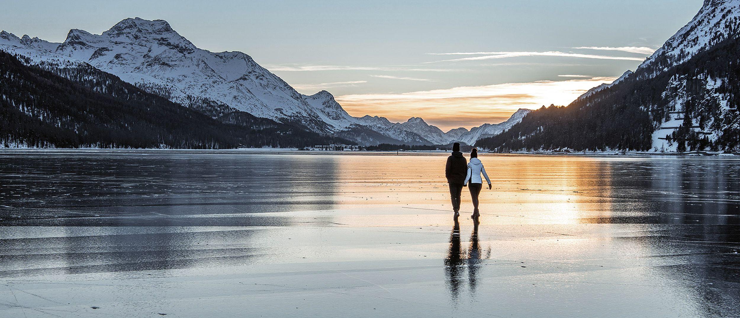 Winter Hiking on the Lake St. Moritz
