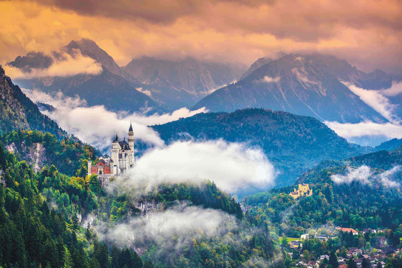 Königsschloss auf einem Berg entdecken mit einer tour von private selection hotels und tours